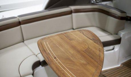Société professionnelle pour la création de broderie personnalisée pour bateau à Lyon